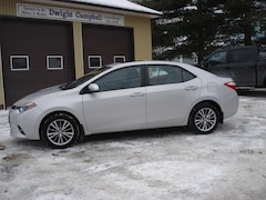 2014 Toyota Corolla LE/MOONROOF/REMOTE START/ONE OWNER Sedan