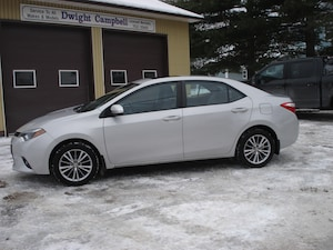 2014 Toyota Corolla LE/MOONROOF/REMOTE START/ONE OWNER
