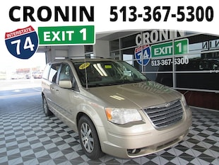 2009 Chrysler Town & Country Touring Passenger Van