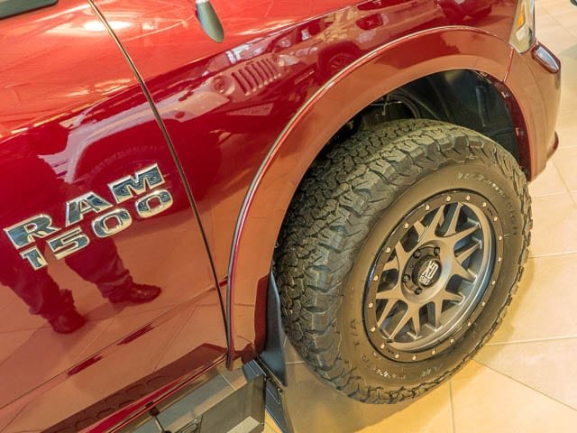 2017 RAM 1500 SPORT CREW 4x4 - Off Road Tires