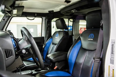 2015 JEEP WRANGLER UNLIMITED - Front Interior View