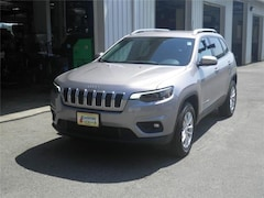 New 2019 Jeep Cherokee LATITUDE 4X4 Sport Utility Littleton NH