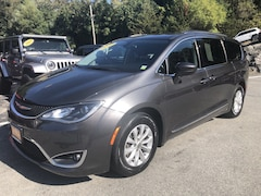 2017 Chrysler Pacifica Touring-L Touring-L FWD