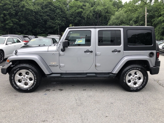 Used 2013 Jeep Wrangler Unlimited Sahara 4WD  Sahara nearWhitePlains