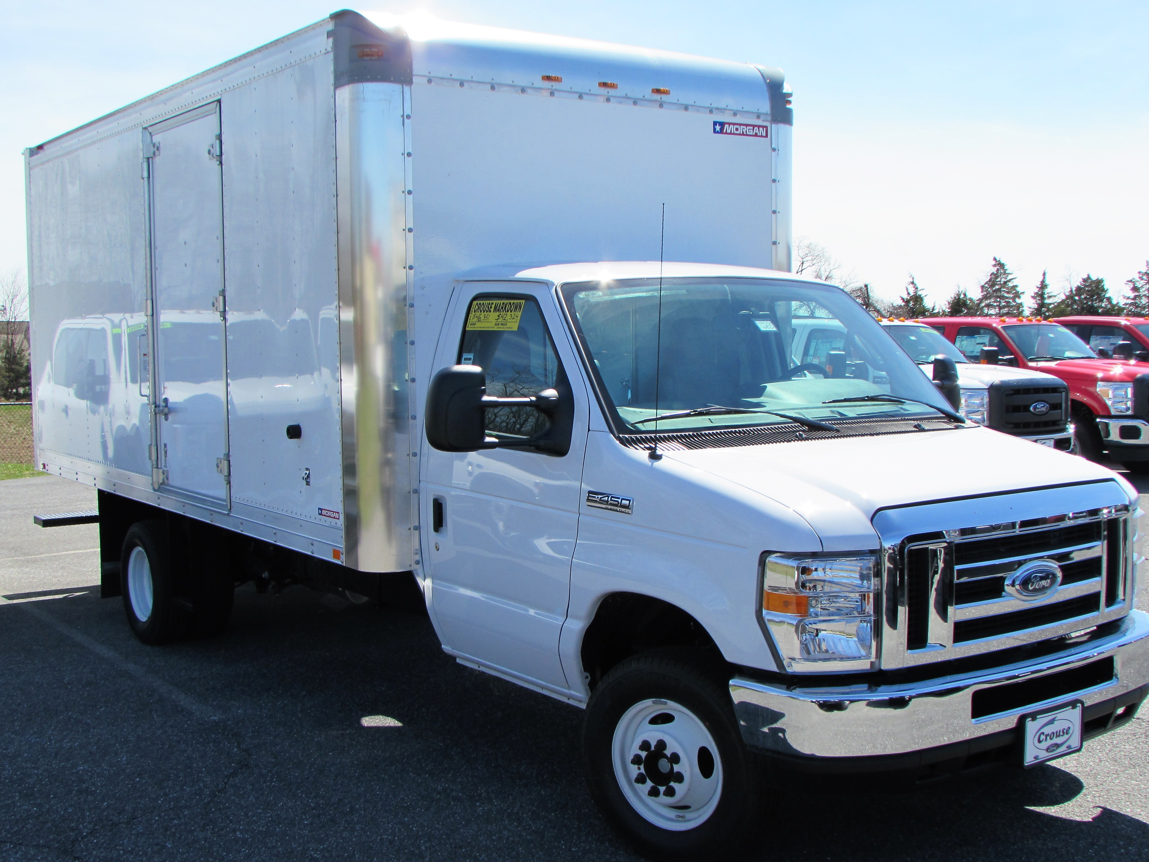 2017 Ford Econoline Cutaway E-450 DRW Commercial-truck