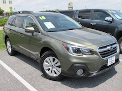 2018 Subaru Outback 2.5i Premium with EyeSight, Blind Spot Detection SUV
