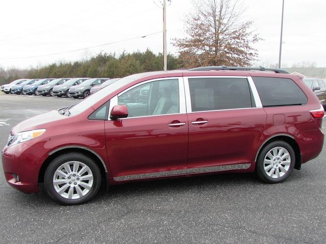 2015 Toyota Sienna XLE Premium Van