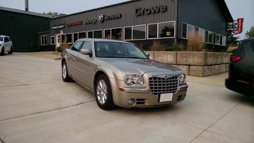 2008 Chrysler 300 Limited Sedan