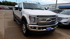 2019 Ford Superduty F-250 Lariat Truck