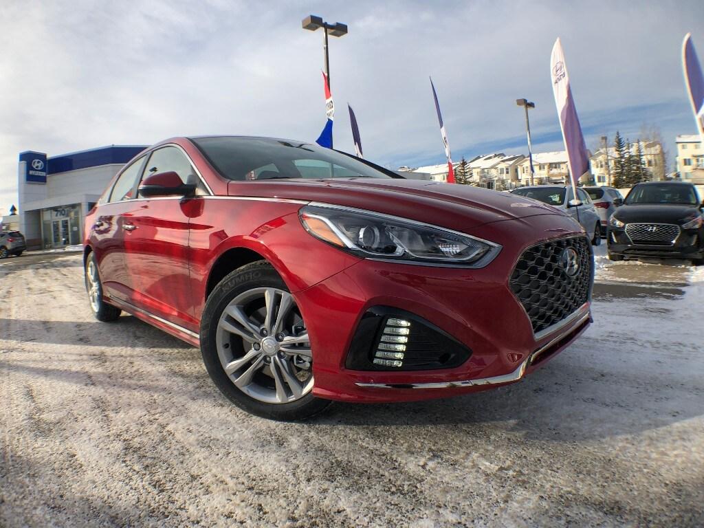 2019 Hyundai Sonata Essential w/Sport Pkg Sedan