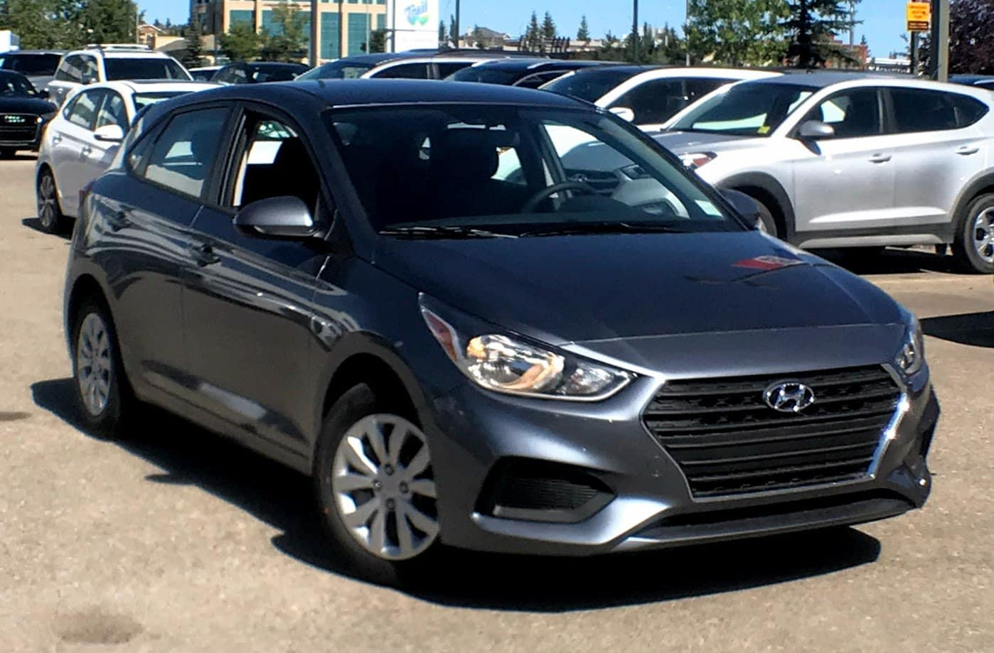 2020 Hyundai Accent Essential w/Comfort Package Hatchback