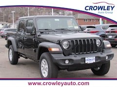 New 2020 Jeep Gladiator SPORT S 4X4 Crew Cab 20C0501 in Bristol, CT