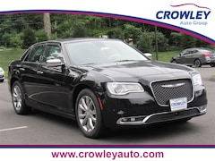 New 2019 Chrysler 300 LIMITED AWD Sedan 19C0413 in Bristol, CT