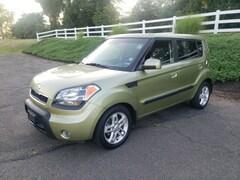 2010 Kia Soul + Hatchback