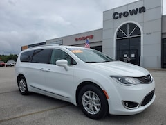 2020 Chrysler Pacifica Touring L Touring L FWD