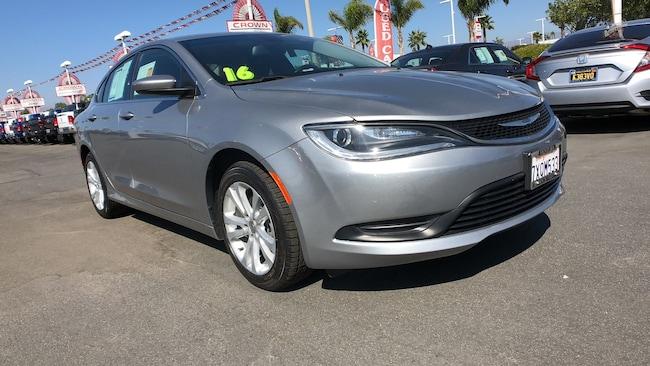 2016 Chrysler 200 Touring Sedan