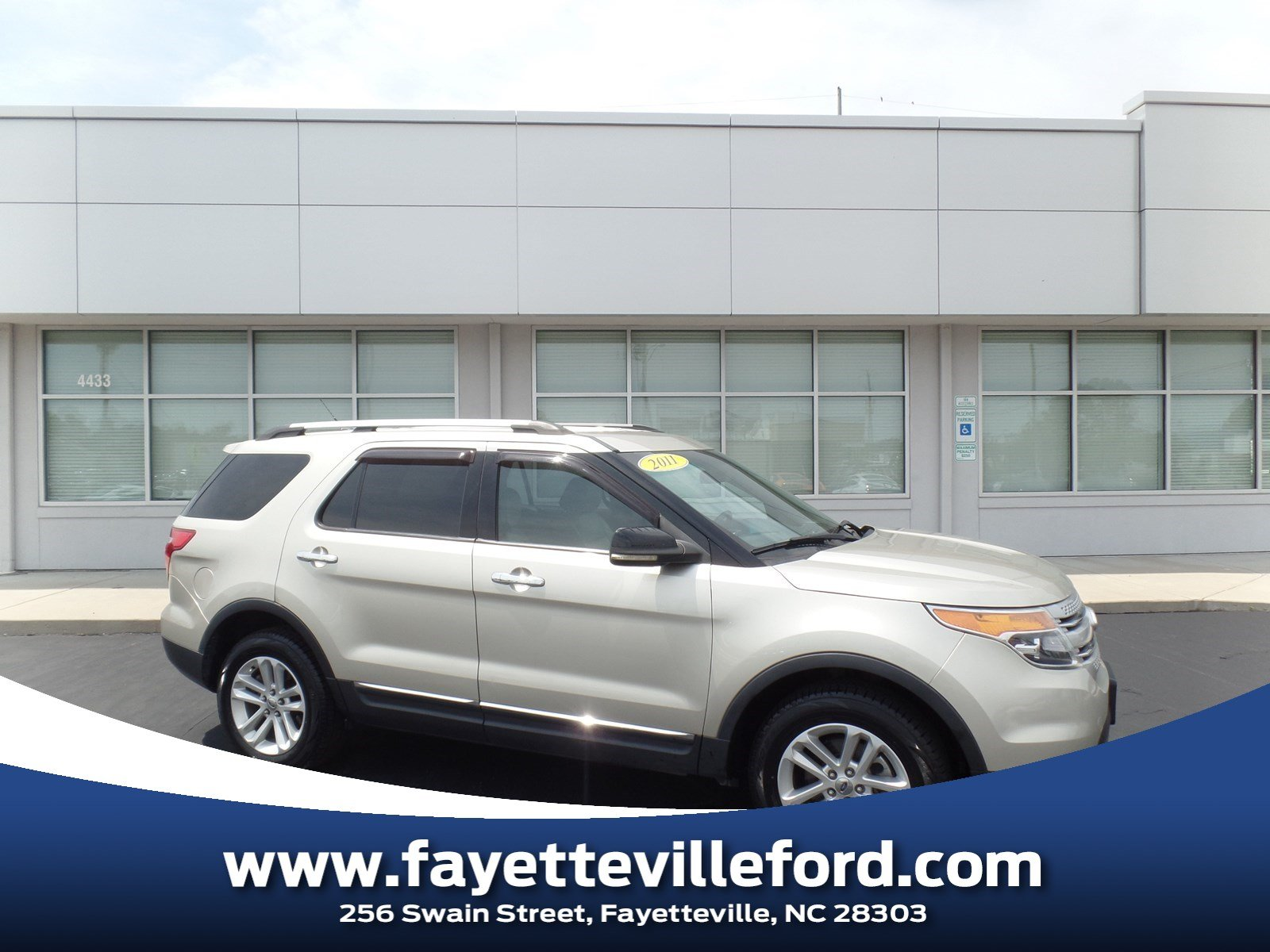 2011 Ford Explorer XLT SUV