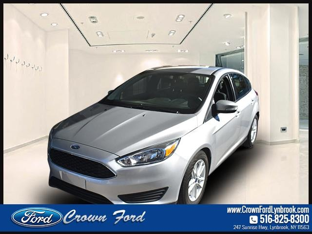 2016 Ford Focus HB SE Car