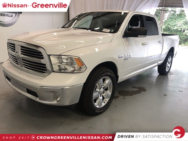 Used Cars Greenville Sc >> Used Cars For Sale In Greenville Sc At Crown Nissan Nissan