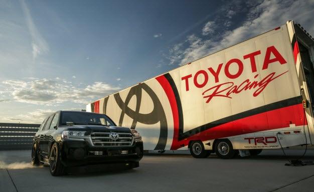 Toyota Land Cruiser - World's Fastest SUV