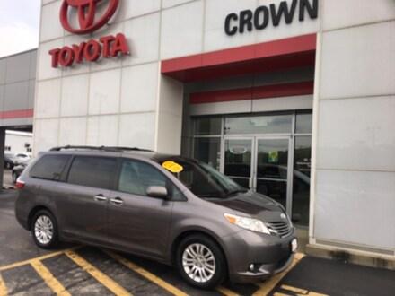 2016 Toyota Sienna XLE Van