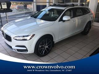 2020 Volvo V90 Cross Country Wagon YV4A22NL7L1103683