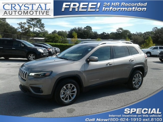 New 2019 Jeep Cherokee LATITUDE PLUS FWD Sport Utility for sale in Homosassa, FL at Crystal Chrysler Dodge Jeep