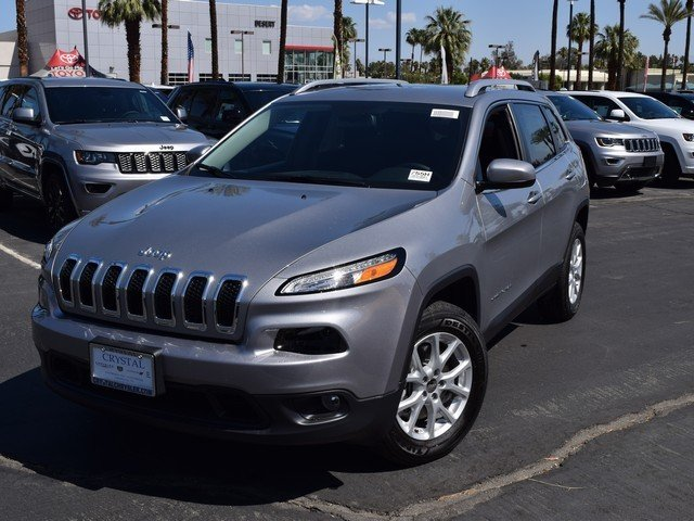 Featured New 2017 Jeep Cherokee LATITUDE 4X4 Sport Utility for sale in Cathedral City, CA