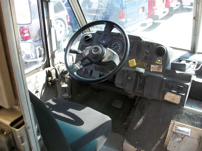 Used 2001 FREIGHTLINER MT45 For Sale at Crystal Indo Auto Sales