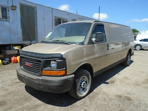 2006 GMC Savana reefer