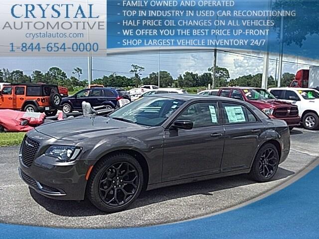 2019 Chrysler 300 TOURING Sedan For Sale in Brooksville, FL