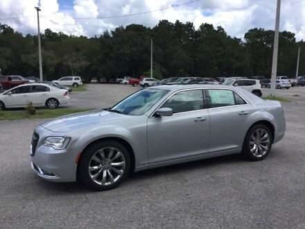 2020 Chrysler 300 TOURING L Sedan For Sale in Brooksville, FL