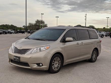 2015 Toyota Sienna Limited Van
