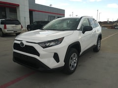 New 2019 Toyota RAV4 LE SUV in Pampa, TX