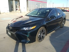 New 2020 Toyota Camry SE Sedan in Pampa, TX