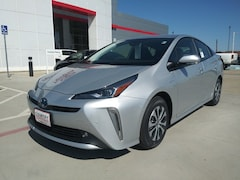 New 2019 Toyota Prius XLE in Pampa, TX