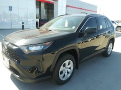 New 2019 Toyota RAV4 LE in Pampa, TX