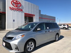 New 2019 Toyota Sienna L in Pampa, TX