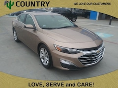 2019 Chevrolet Malibu LT Sedan in Pampa, TX