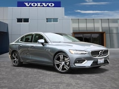 New 2019 Volvo S60 T5 Inscription Sedan VX19744L in Culver City, CA