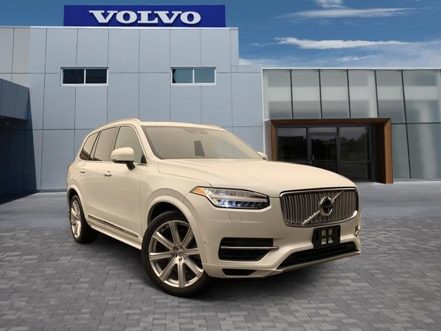 2017 Volvo XC90 Hybrid T8 AWD Inscription SUV