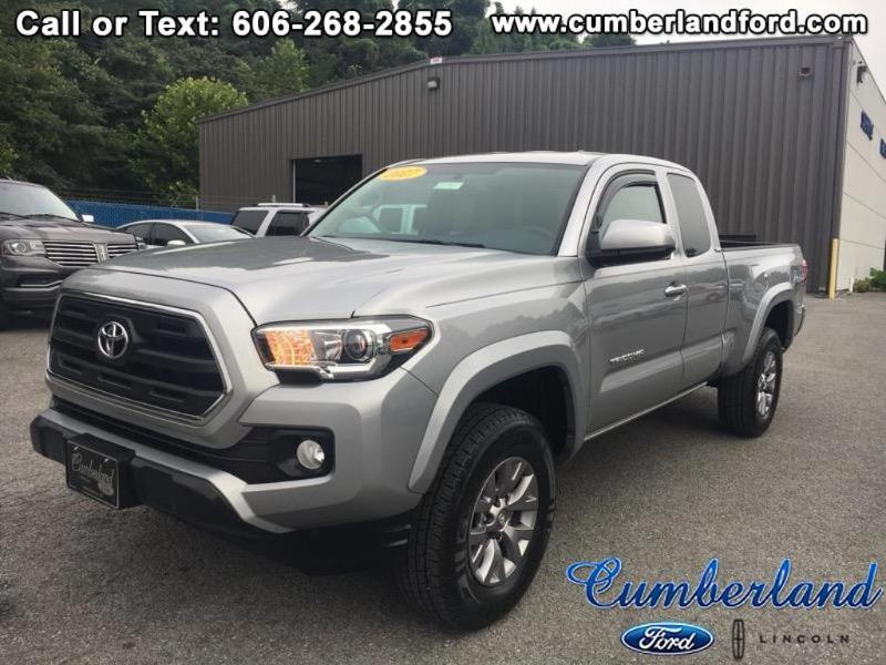 2017 Toyota Tacoma SR5 4x4 Extended Cab Long Bed Truck