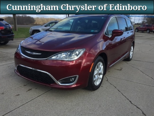 Used 2018 Chrysler Pacifica Touring L Minivan/Van For Sale in Edinboro, PA