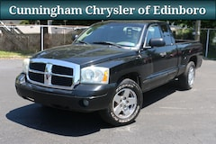 2005 Dodge Dakota SLT Compact Truck