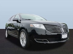 Used 2017 Lincoln MKT Elite SUV