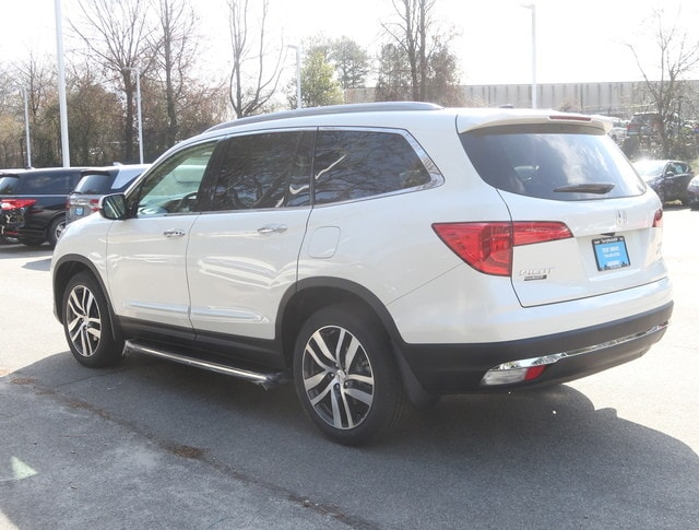 ... New 2018 Honda Pilot Touring AWD SUV For Sale In Atlanta ...