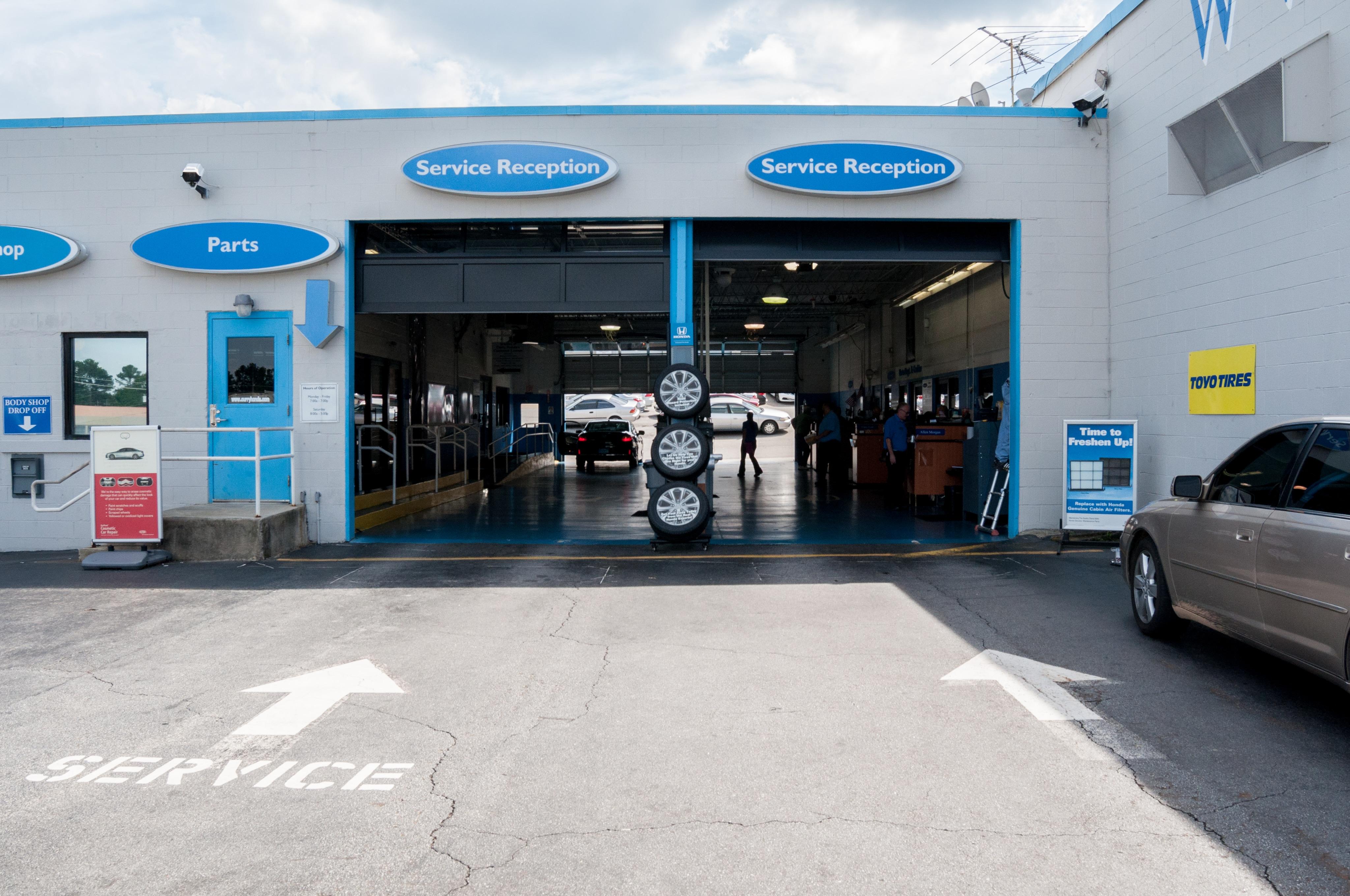 Curry honda atlanta new honda dealership in chamblee ga for Honda dealership hours