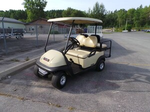 2009 CLUB CAR Precedent 4Passenger Golf Cart - Electric