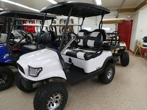 2011 CLUB CAR Precedent Upgraded Gas Golf Cart