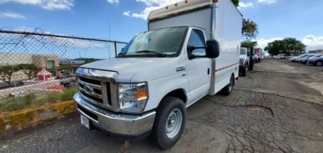 2018 Ford Econoline Cutaway E-350 SRW Cutaway Commercial-truck
